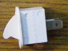 Кнопка открывания двери холодильника типа Днепр, Десна