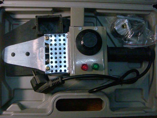 Паяльник для сварки водопровода на три насадки с регулятором