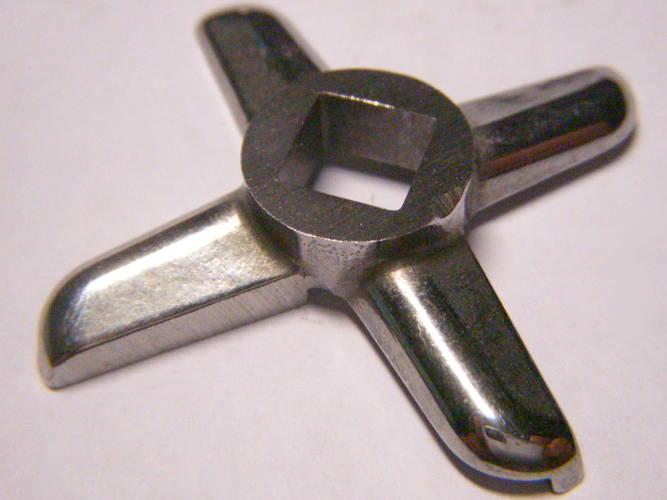Крестообразный левосторонний нож мясорубки комбайна Мрия