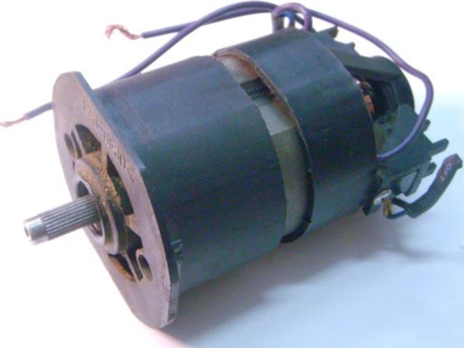 Ремонт нижнего двигателя 1,2 кВт для электротриммера