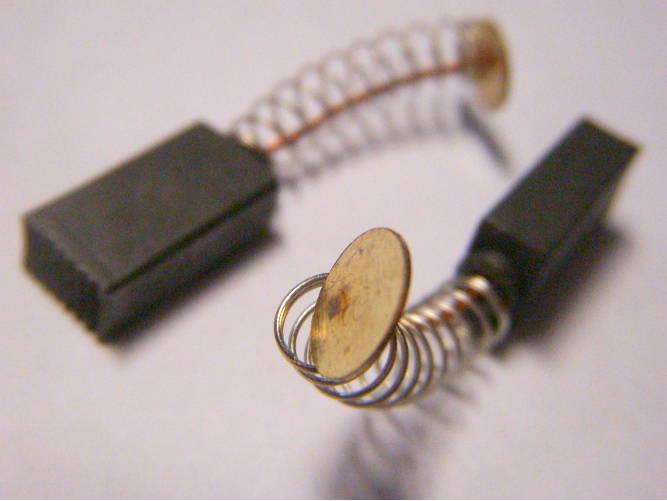 Комплект щеток 5x8 мм с круглыми контактами пятаками