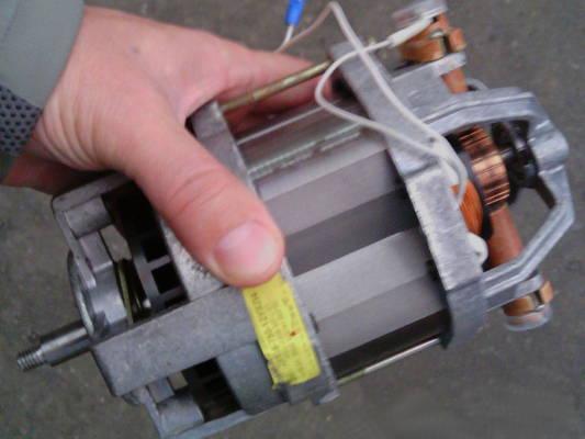 Электродвигатель зернодробилки Хрюша, Бизон, Green-Tech