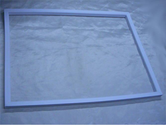 Уплотнение морозильной камеры холодильника НОРД 245