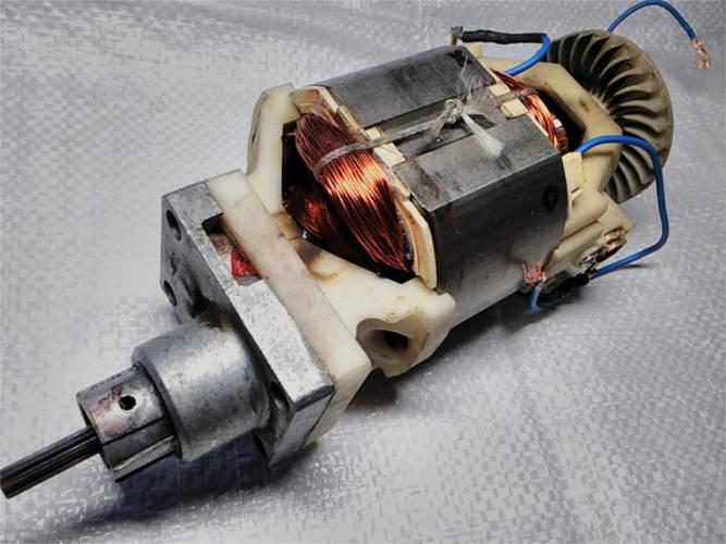 Замена обмотки двигателя электрокосы Бригадир