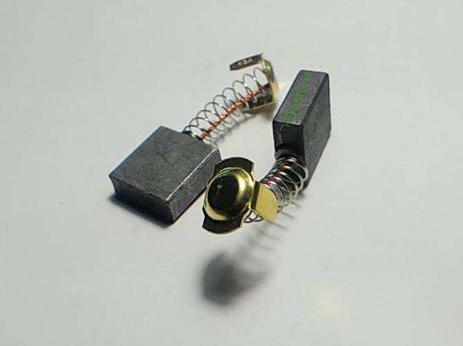Комплект щеток 6.5*16.5*17 для цепной электропилы