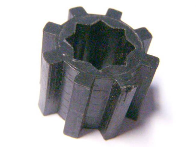 Пластиковая зубчатая муфта шнека мясорубки Белвар, Помошница