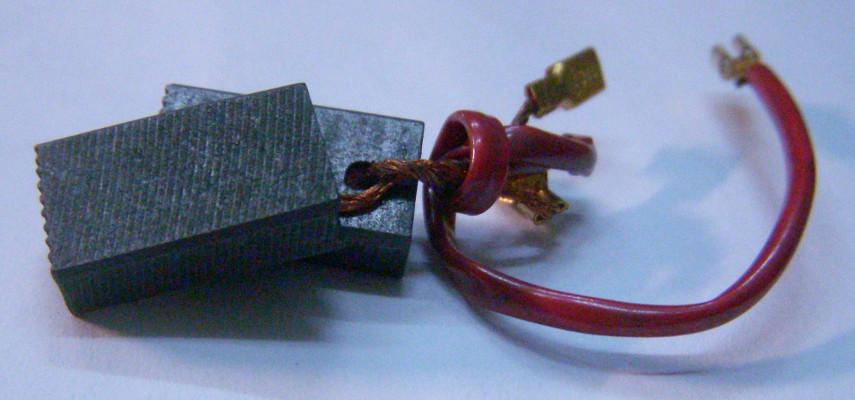 Графитовые щетки 5*10*17 с проводами без пружинок