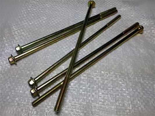 Комплект резьбовых шпилек для сборки насоса БЦН