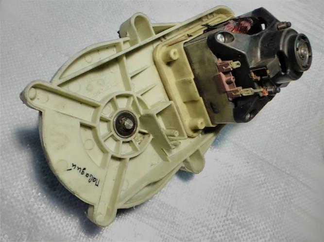 Ремонт двигателя колесной косилки Alpina BL 380 E