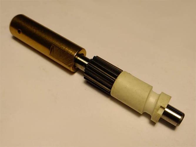 Оригинальный маслонасос бензопилы Rebir 1.7 kW