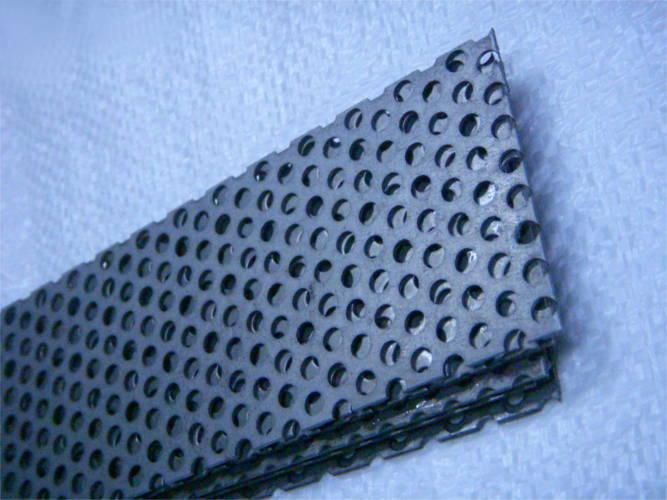 Сетка 670*68 с ячейкой 5 мм для зернодробилки ДТЗ
