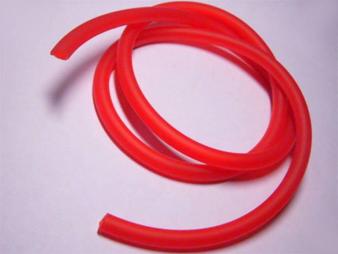 Отрез 1м маслобензостойкой эластичной трубки сечением 4*8 мм