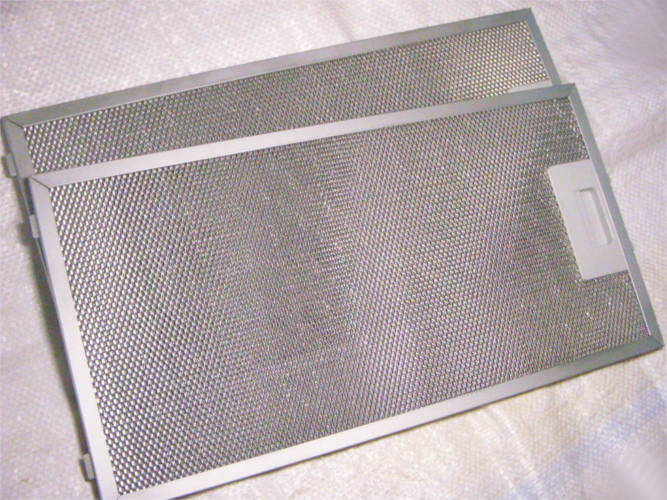 Комплект фильтров на защелке для кухонной вытяжки Mekappa