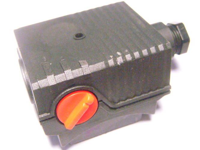 Конденсаторный блок насоса Wilo, Sprut с переключателем