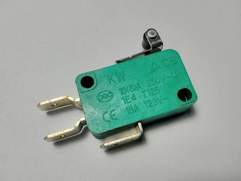 Кнопка триггер KW CB 16А 3 pin скользящая с роликом