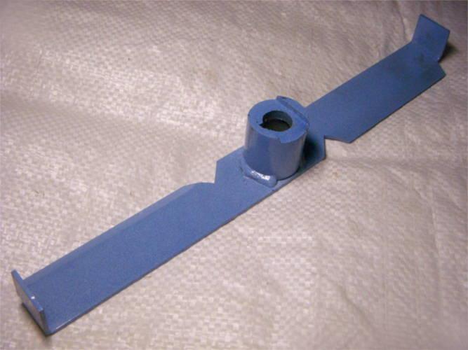 Нож размахом 30 см и шириной 36 мм для траворезки Лан