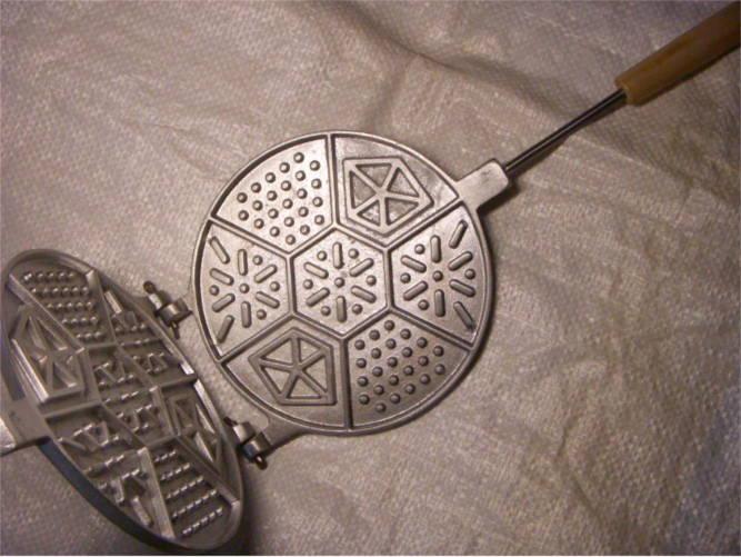 Круглая форма для выпечки печенья ассорти по старым рецептам