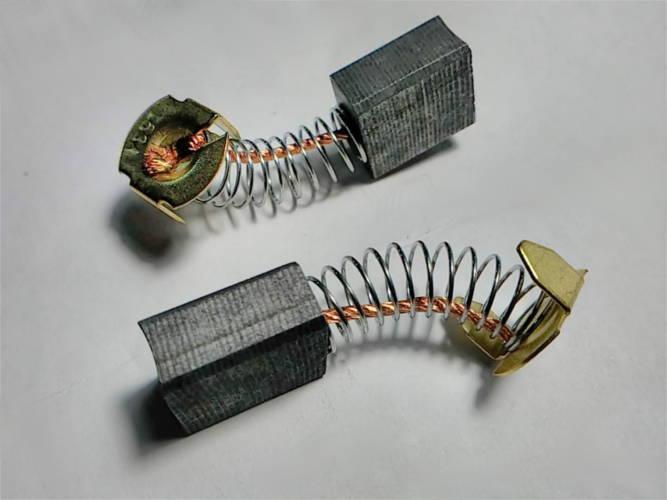 Щетки 7.5*14 h15 коллектора электропилы пятак-скоба