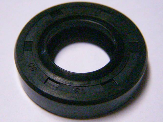 Сальник 15*30*5 на коленвал бензокосы