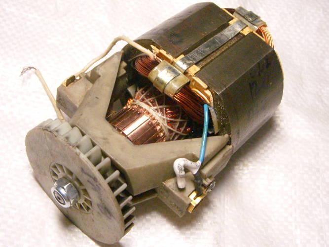 Двигатель после ремонта для электротриммера Садко, Бригадир