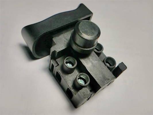 Кнопка FA4-5/2D-02 корпус 16.5*29 клавиша 22*39 для болгарки