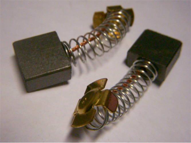 Щетки 7.5*14 со скобами крест для дисковой электропилы