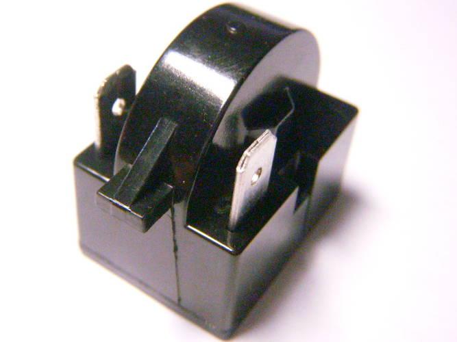 Элемент пускозащитного реле Embraco на два контакта