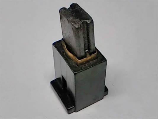 Щеткодержатель 12*16-h20 под щетку с прорезами 6.5*11 мм