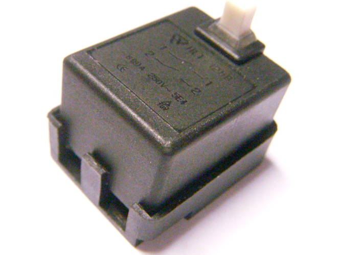 Замкнутая кнопка FA7-6/2-A1 6/12A для болгарки Sparky, Hyundai
