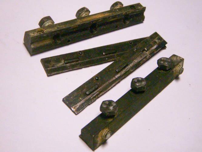 Комплект клиньев электрорубанка Einhell с пластинами и болтами