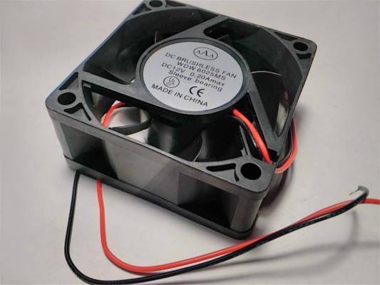 Вентилятор 60*60*25 на 12V DC