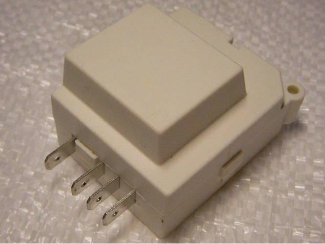Таймер ТИМ-01 оттайки холодильника Hotpoint Ariston