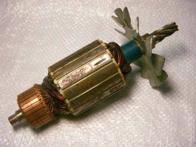 Якорь d54*L52-L186-z6-L150 дисковой электропилы Powertec, Vorskla
