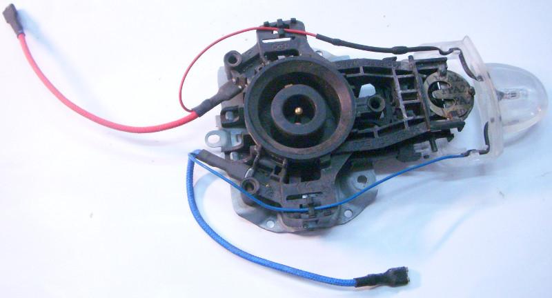 Контактный механизм для электрочайника с клавишей включения