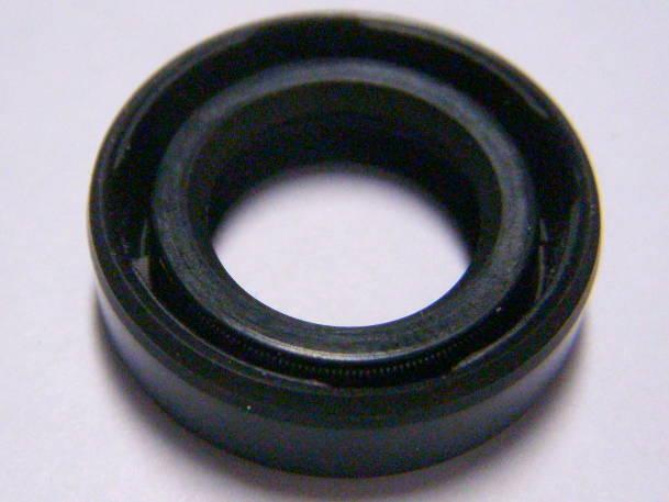 Резиновый сальник 14x24x7 для фекально -дренажного насоса