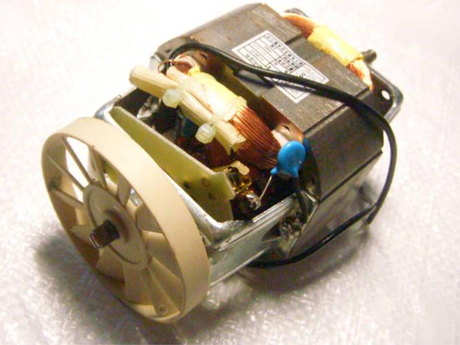 Электродвигатель HC8835 для соковыжималки, на резьбе
