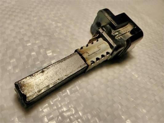 Щеткодержатель пылесоса Samsung K40 под щетки 10*6 мм