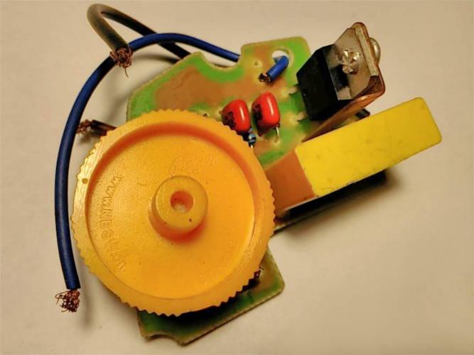 Регулятор оборотов двигателя лобзика Ryobi EJS 710 QEO