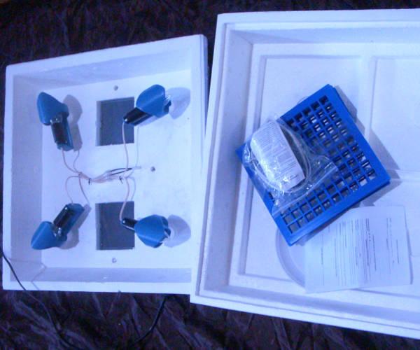 Бытовой инкубатор на 120 яиц с цифровым терморегулятором