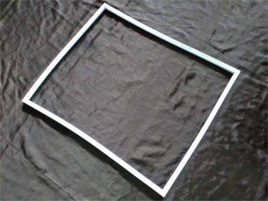 Уплотнение двери холодильника размером 575*680 мм