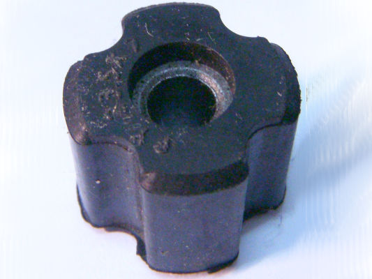 Демпфер вала бензокосы в трубе 28 мм