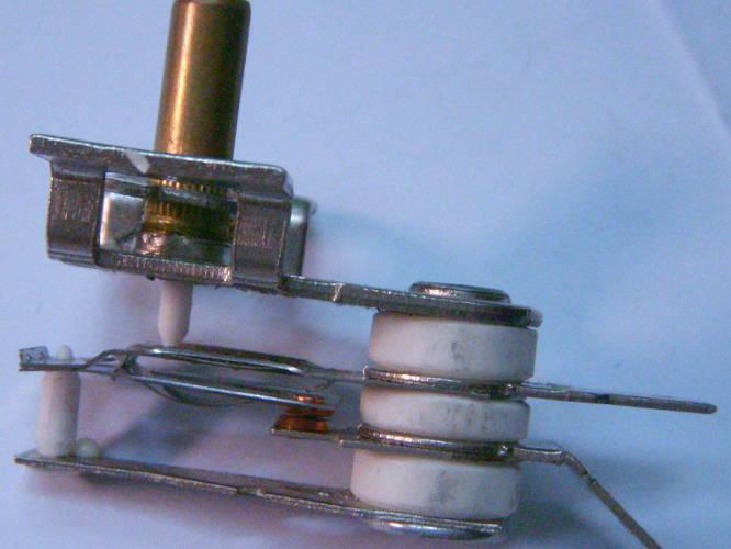 Биметаллический терморегулятор KST228B электродуховки Saturn, Asel AF-0123