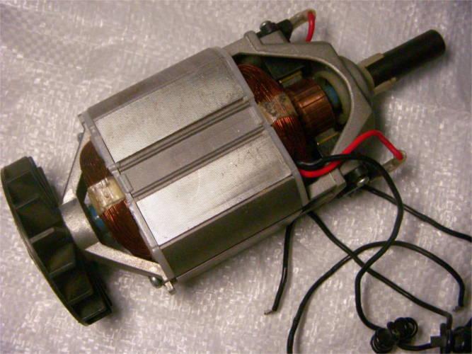 Электродвигатель 2.2 кВт для электрокосы Титан