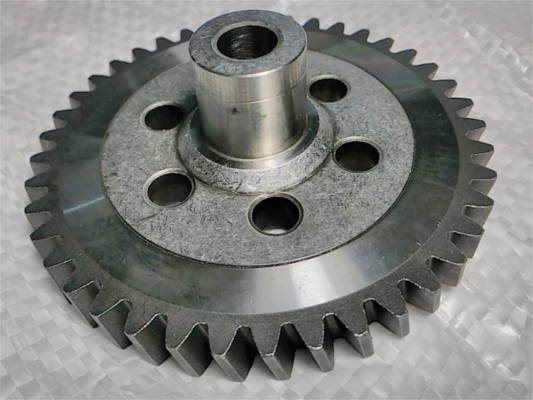 Металлическая шестерня z41 d10*88 h33 для цепной электропилы