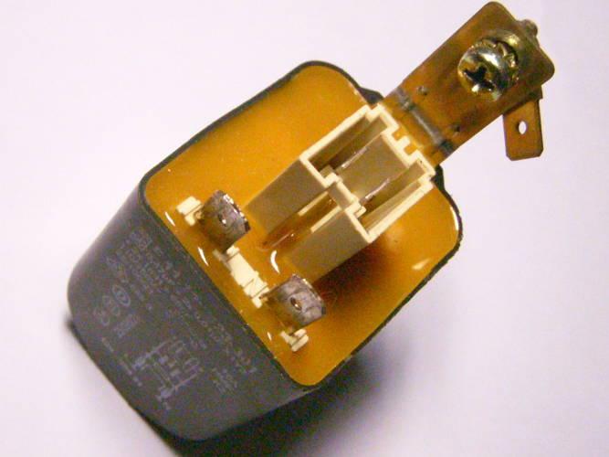 Защита питания на 0.47mF модуля F.11-126/823-301 стиральной машины Bosch, Siemens