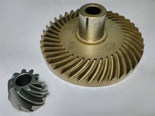 Стальные шестерни d10*18*79*h33 h17.5*d8 цепной электропилы Forte 2640