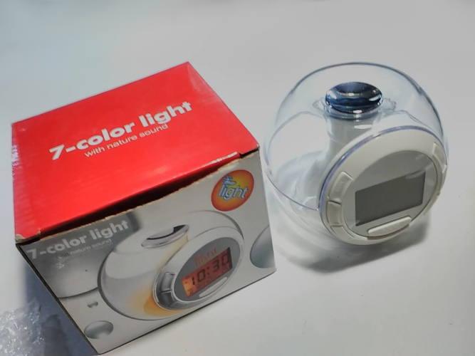7-color light цветомузыкальный будильник с температурой