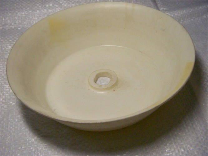 Сбрасывающая тарелка соковыжималки Росинка 106