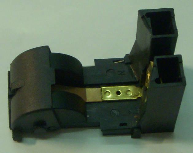 Нижняя контактная вилка электрочайника с трубчатым тэном