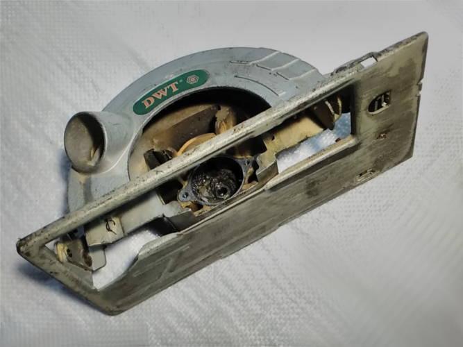 Рама с платформой циркулярной пилы DWT HKS-160